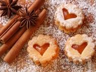 Рецепта Слепени празнични линцерови коледни сладки с мармалад от кайсии